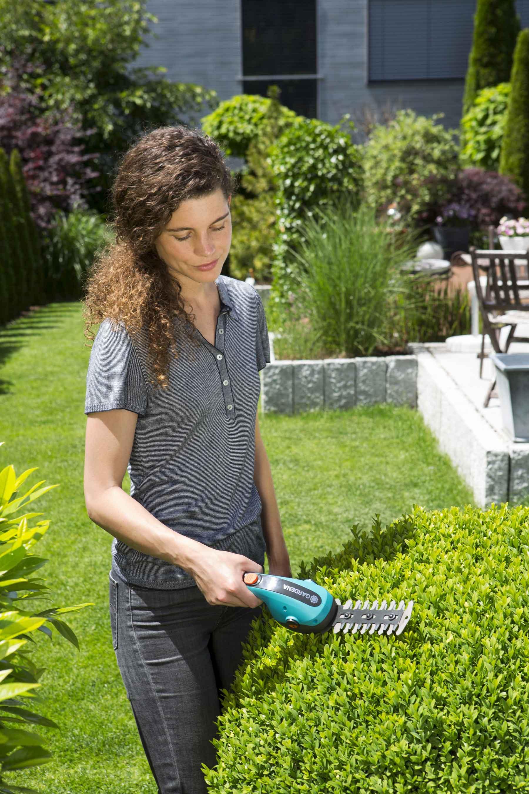 Gardena Set Akku-Gras- und Strauchschere ClassicCut 09854-20 Bild 2